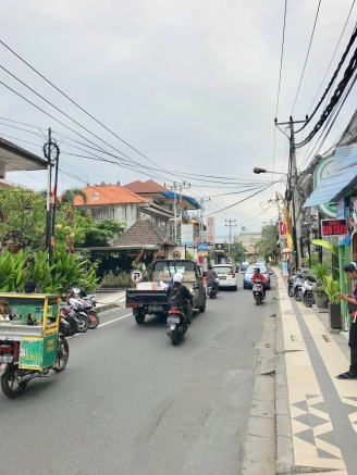 The streets of Seminyak are always busy